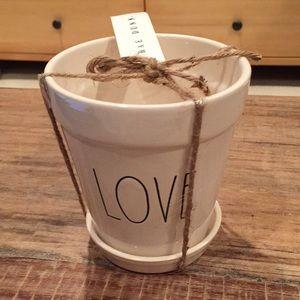"Rae Dunn ""Love"" flower pot"